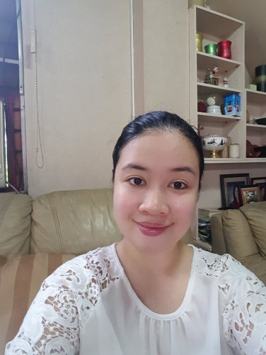 No makeup. Products used: Physiogel Daily Moisture Therapy Cream & Shiseido Benefiance Full Correction Lip Treatment